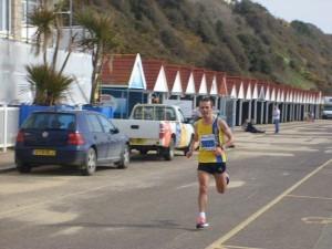 Jacek Cieluszecki about to win the Half Marathon