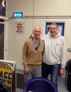Ian Graham receives the President's Chain of Office from Brian Johnson