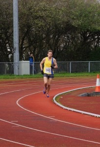 Peter Thompson with 100m to go to win the Boscombe 10k