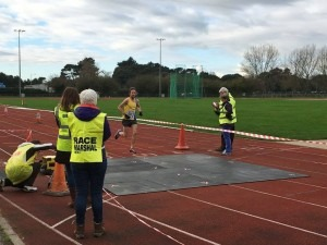 Peter Thompson wins the Boscombe 10k with almost 90 seconds to spare