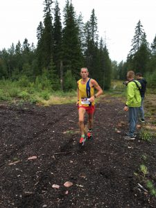Steve Way moving up the field from 10th to 4th in the Ultravasan 90k
