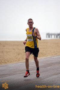 Billy McGreevy on promenade in Bournemouth Bay Half Marathon