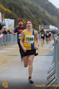 Kirsty beats Superman in Bournemouth Bay Half Marathon