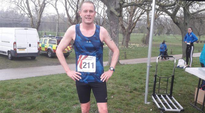 Simon Hearn at the Regents Park Half Marathon