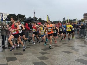 Steve Way leads as the Bournemouth Bay Half Marathon gets underway