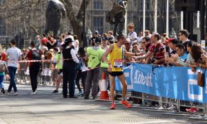 Steve Way milking the crowd at the London Marathon