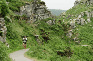 Jacek Cieluszecki negotiates the Maverick inov-8 X Series Exmoor course