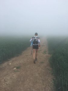 Linn Erixon Sahlström going through the mist in Jurassic Coast 100