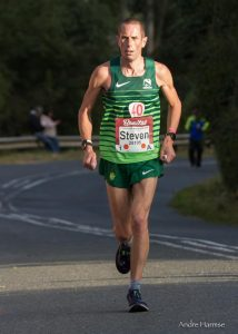 Steve Way looking strong in Comrades Marathon