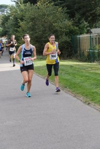 Jo Dilling on the finishing straight