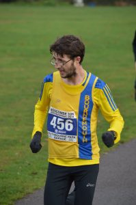 Tom Paskins in the Boscombe 10k