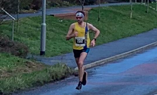 Toby Chapman in the Humdinger Half Marathon