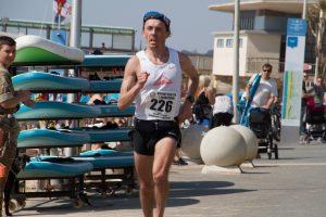 Jacek Cieluszecki races to victory in the Easter Quarter Marathon