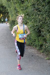 Lucy du Cros in the Purbeck 10k