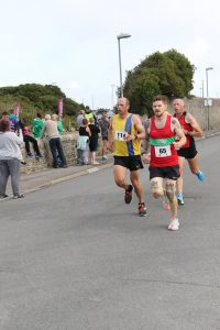Alex Goulding racing in the Round the Rock 10k
