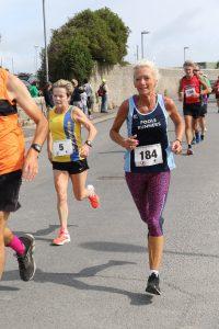 Helen Ambrosen in the Round the Rock 10k