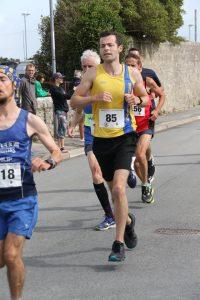 Matt du Cros in the Round the Rock 10k