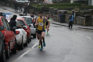 Toby Chapman digs in in the Clevedon Boxing Day Race
