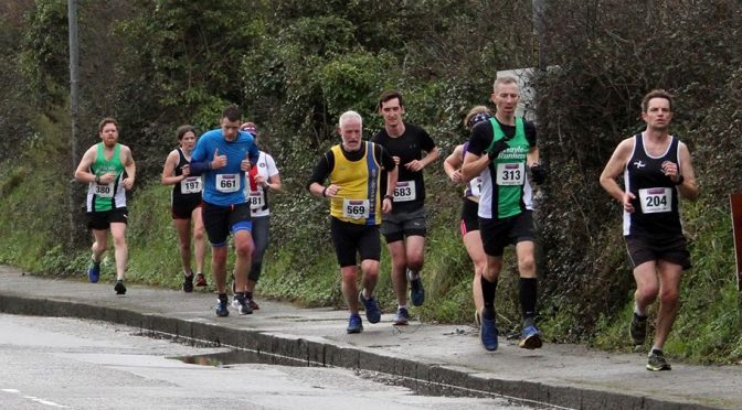 Andy Gillespie taking on the Newquay 10k