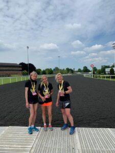 Heather with friends at the Kempton Park Marathon
