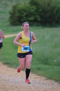 Nikki Whittaker giving her all in Race 1 of the Upton Summer Series