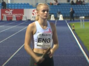 Amelia Verney prepares for the Junior 4 x100m Relay