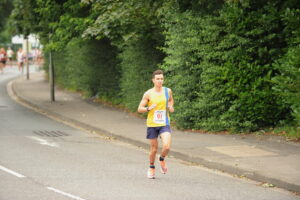 Harry Smith going well in the Eastleigh 10k