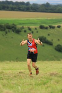 Stu Glenister gives the thumbs up in the 8 MIle race