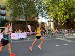 Rich Brawn strides out in the London Marathon